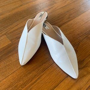 White Slides    Zara